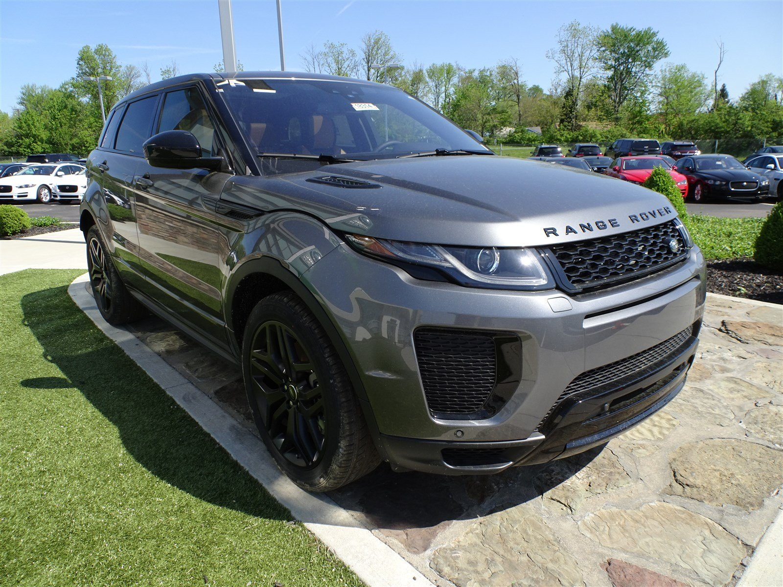 New 2018 Land Rover Range Evoque Hse Dynamic 4 Door In Coolant Type